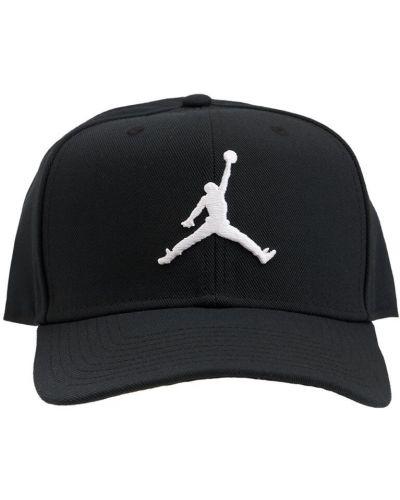 Черная бейсболка с логотипом Nike