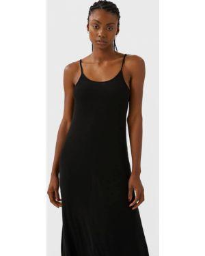 Платье миди с американской проймой черное Stradivarius