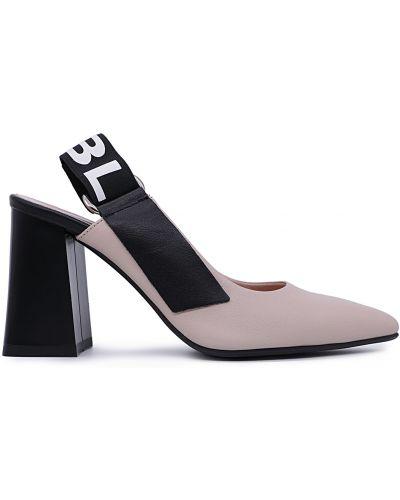 Туфли - бежевые Bosca