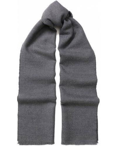 Серый шарф Gucci