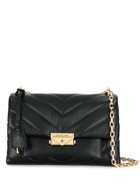 Черная стеганая сумка на цепочке Michael Michael Kors