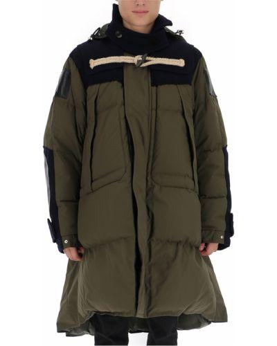 Zielony płaszcz Sacai