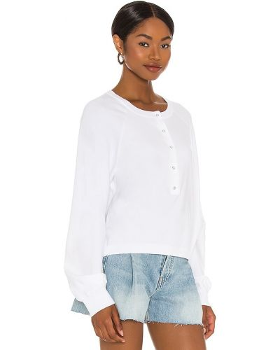 Трикотажный белый пуловер для полных 525