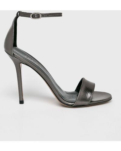 Туфли на каблуке кожаные на шпильке Liu Jo