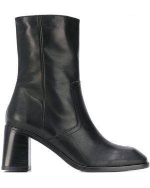 Черные ботинки на каблуке с квадратным носком на молнии Miista