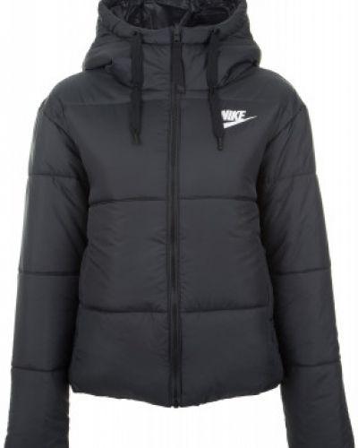 Утепленная куртка с капюшоном укороченная Nike
