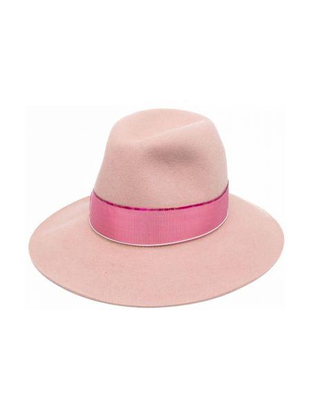 Różowa czapka Borsalino