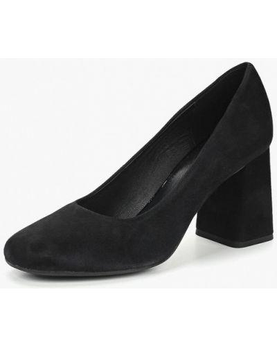 Туфли на каблуке осенние замшевые Geox