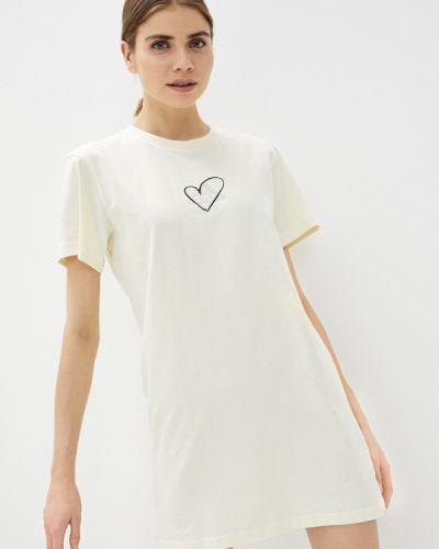 Бежевое платье Adidas