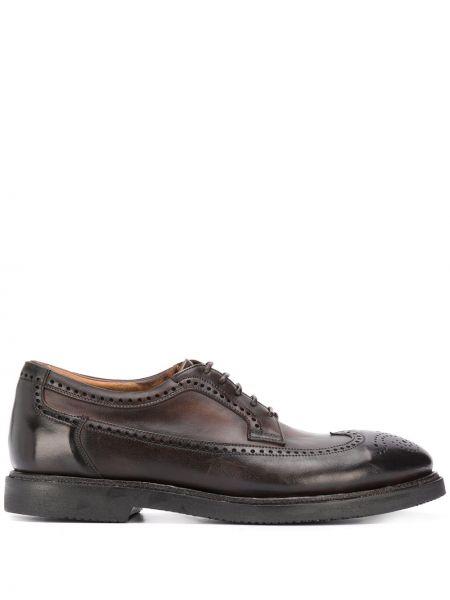 Кожаные коричневые туфли с перфорацией на каблуке на шнурках Silvano Sassetti