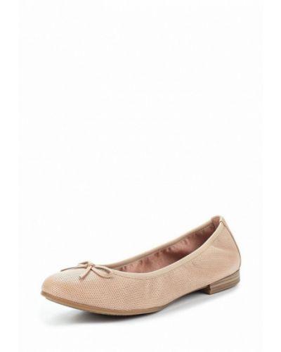 Бежевые кожаные балетки Tamaris