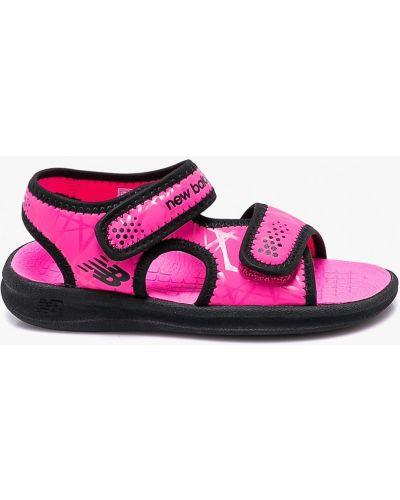 Босоножки розовый текстильные New Balance