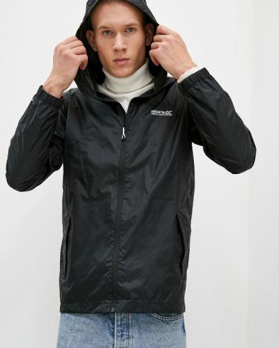 Черная куртка Regatta
