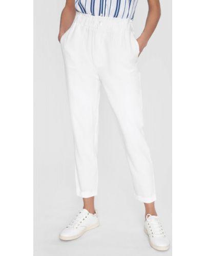 Зауженные белые брюки на резинке Ostin
