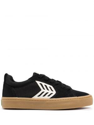 Czarne sneakersy zamszowe Cariuma
