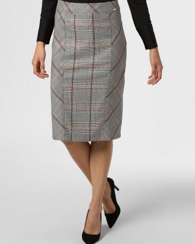 Klasyczna czarna spódnica Apriori