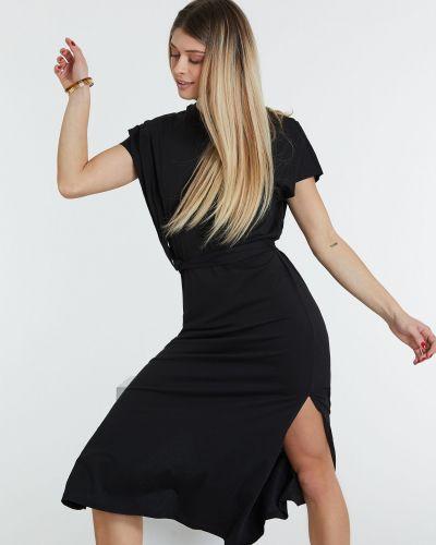 Черное платье Piazza Italia