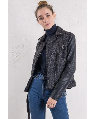 Кожаная куртка на молнии - черная Alcott
