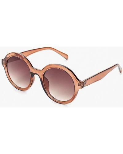 Коричневые солнцезащитные очки Mango