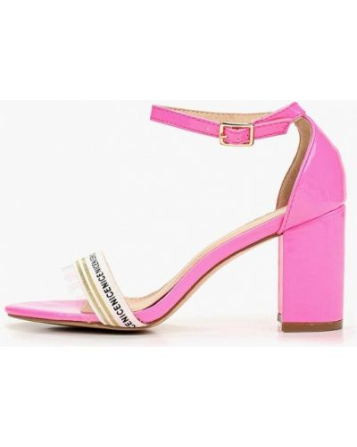 Босоножки на каблуке кожаные розовый Sergio Todzi