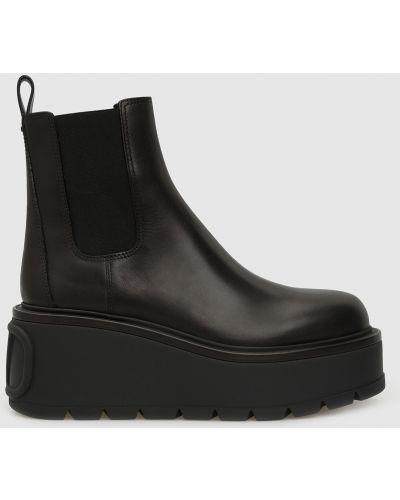 Кожаные черные ботинки Valentino