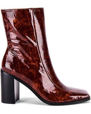 Brązowe ankle boots skorzane z haftem Jaggar
