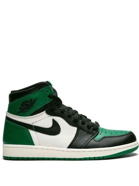 Высокие кроссовки винтажные на шнуровке Jordan
