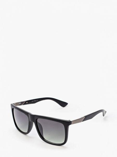 Солнцезащитные очки черные квадратные Fabretti