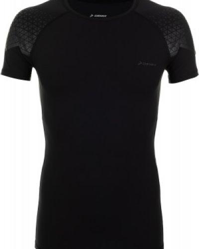 Черная футболка зауженная Demix