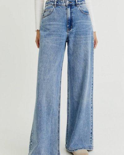 Голубые джинсы клеш расклешенные Pull&bear