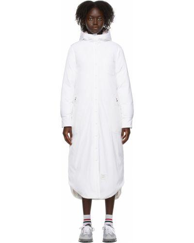 Белое пальто с воротником-стойка Thom Browne