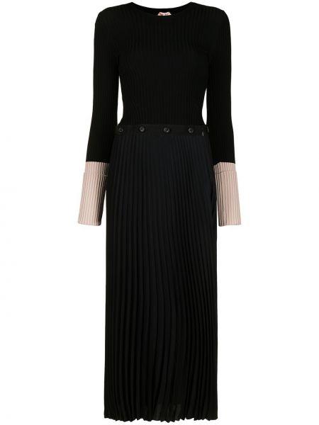Трикотажное черное платье миди с вырезом N21