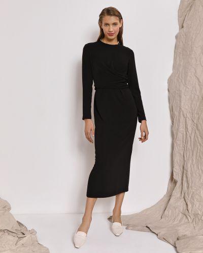 Приталенное черное платье миди закрытое 12storeez