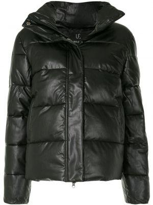 Klasyczna czarna kurtka pikowana Unreal Fur