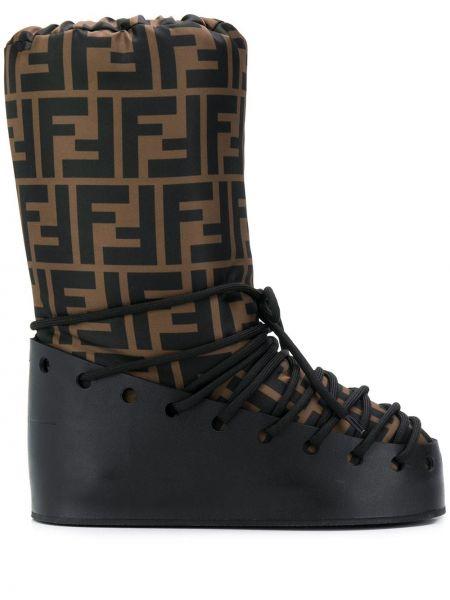 Buty na obcasie na pięcie czarne Fendi