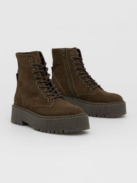 Замшевые ботинки Steve Madden