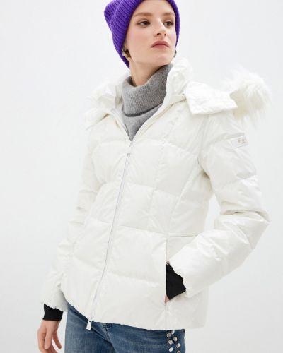 Белая куртка Tatras