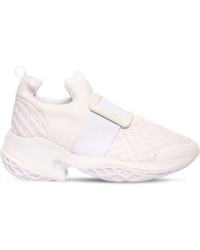 Белые кожаные кроссовки из неопрена с пряжкой сетчатые Roger Vivier