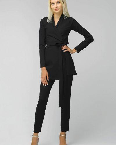 Костюмный черный брючный костюм Toryz
