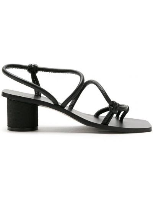 С ремешком кожаные черные босоножки на каблуке Osklen