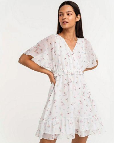 Белое платье а-силуэта Befree
