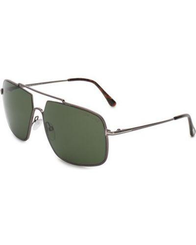 Солнцезащитные очки серые Tom Ford