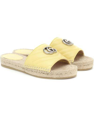 Кожаные желтые шлепанцы Gucci