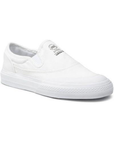 Białe slipy Adidas