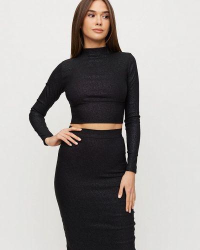 Костюмный черный юбочный костюм Karree