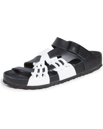 Czarne sandały skorzane z klamrą Birkenstock