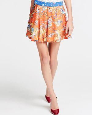 Pomarańczowe szorty materiałowe z printem Marciano Guess