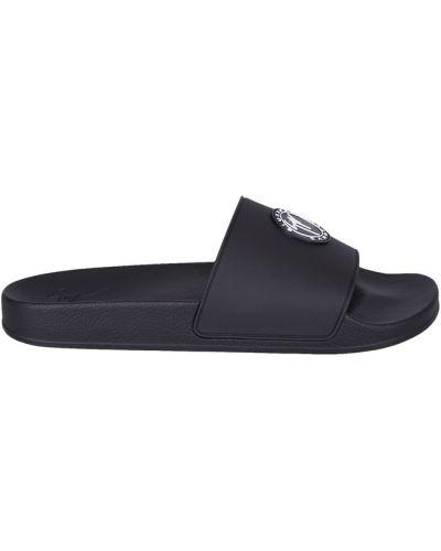 Czarne sandały płaska podeszwa Giuseppe Zanotti