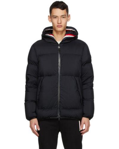 Puchaty pikowana kurtka z długimi rękawami prążkowany z mankietami Moncler