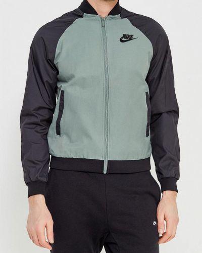 Зеленая куртка Nike